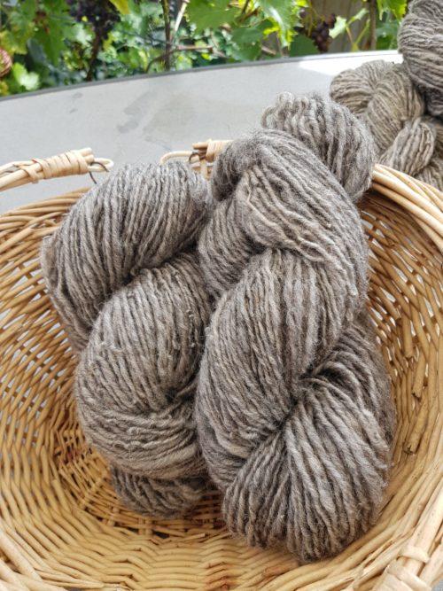 Schurwolle naturfarben - grau